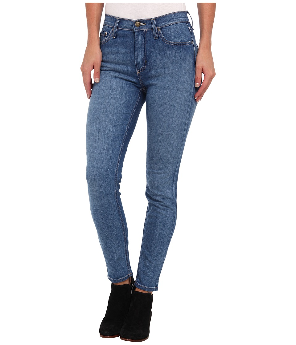 Free People - Roller Crop Jean in Beau Wash (Beau Wash) Women