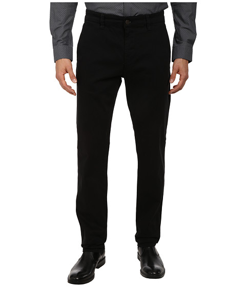 Mavi Jeans - Edward Regular Rise Slim Leg Chino in Black Twill (Black Twill) Men