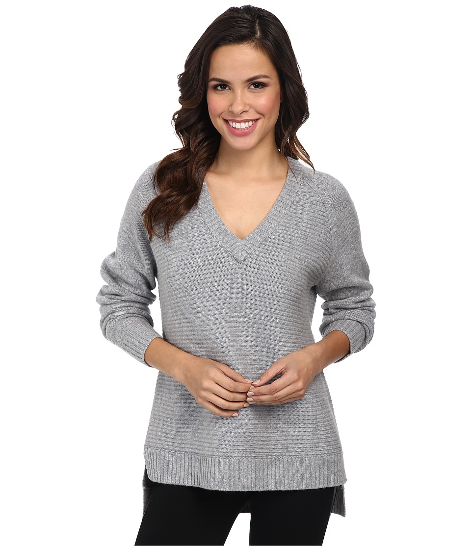 MICHAEL Michael Kors - Long Sleeve Horizontal Shaker V-Neck Sweater (Pearl Heather) Women's Sweater