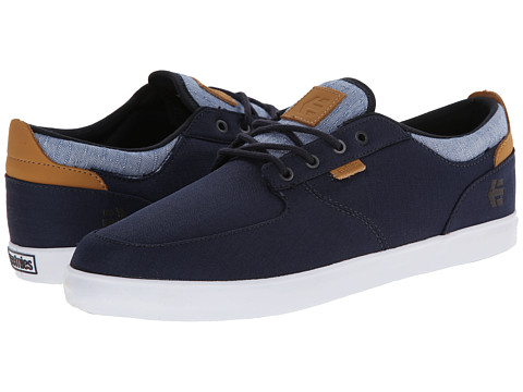 etnies - Hitch (Dark Navy) Men's Skate Shoes