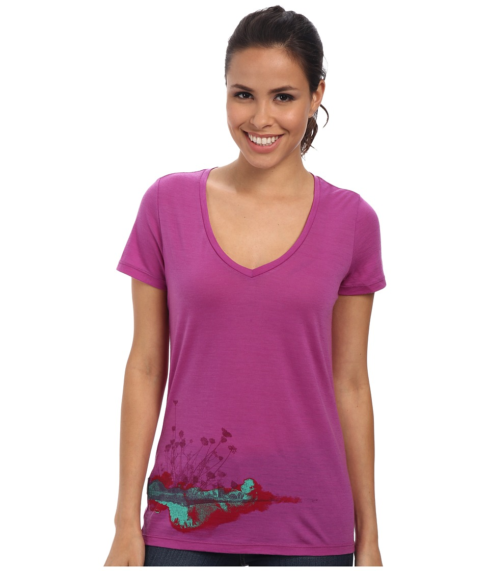 Icebreaker Tech Lite S/S V-Neck (Sweetpea) Women