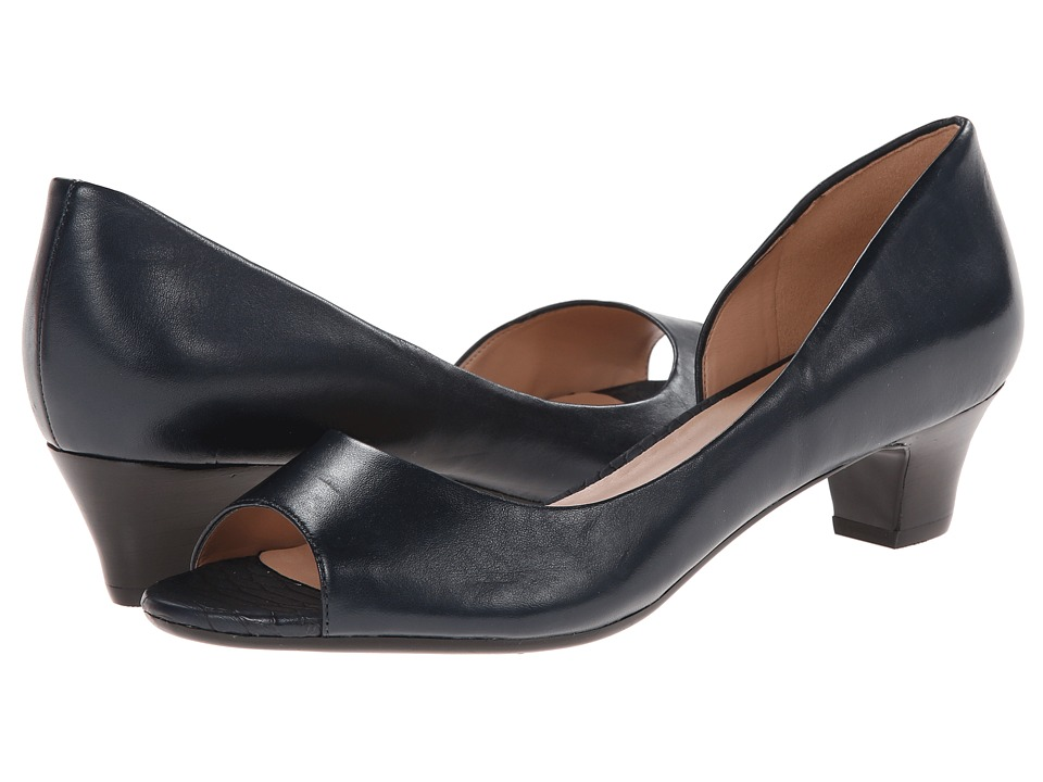 Naturalizer - Debra (Classic Navy Leather) Women