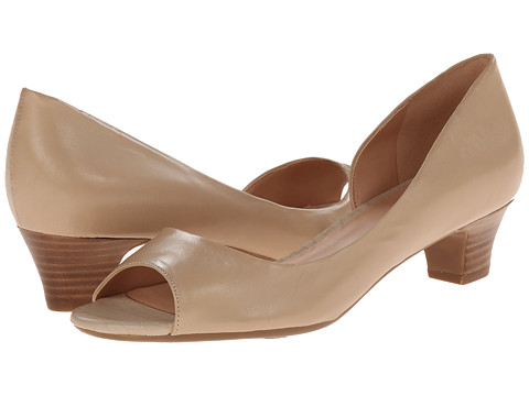Naturalizer - Debra (Tender Taupe Leather) Women
