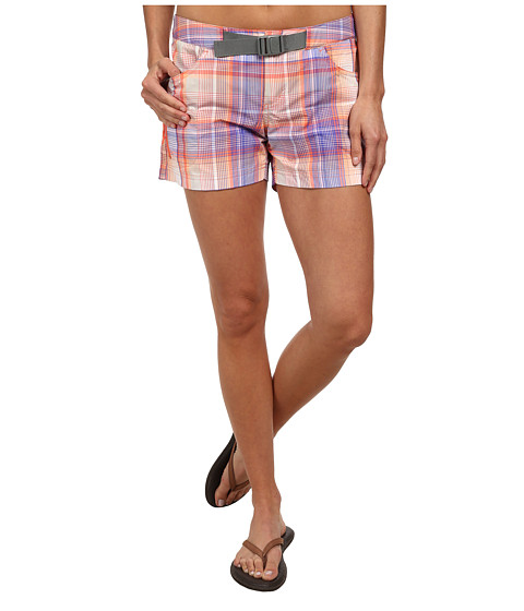 Columbia - Cross On Over II Plaid Short (Coral Flame Plaid) Women