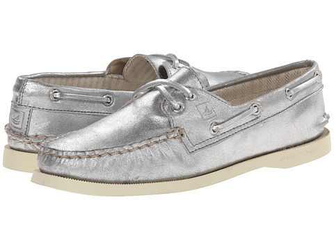 Sperry Top-Sider - A/O 2-Eye Metallic Kid Suede (Silver) Women's Lace up casual Shoes