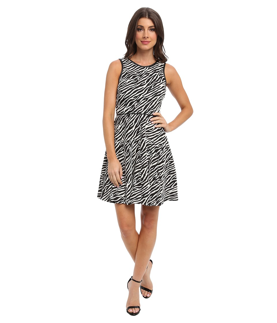Tbags Los Angeles - Stretch Jacquard Fit Flare Dress (ZI10 Print) Women's Dress