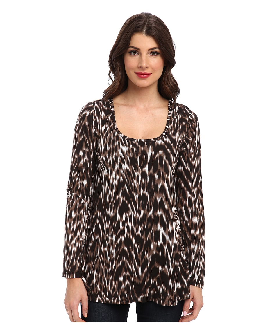 Miraclebody Jeans - Faye Animal Print Flutter Back Top w/ Body-Shaping Inner Shell (Black) Women's Blouse