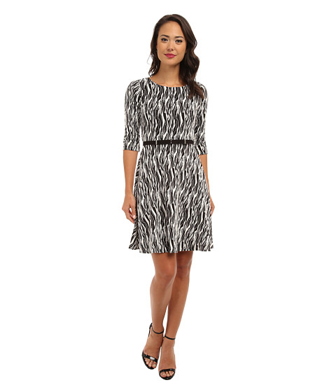 Donna Morgan - Textured Knit Three-Quarter Sleeve Fit Flare Dress (Black/White) Women's Dress