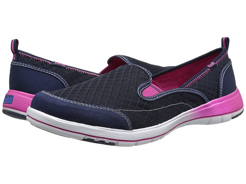 Keds - Brisk (Peacoat Navy Canvas/Mesh) Women's Slip on Shoes
