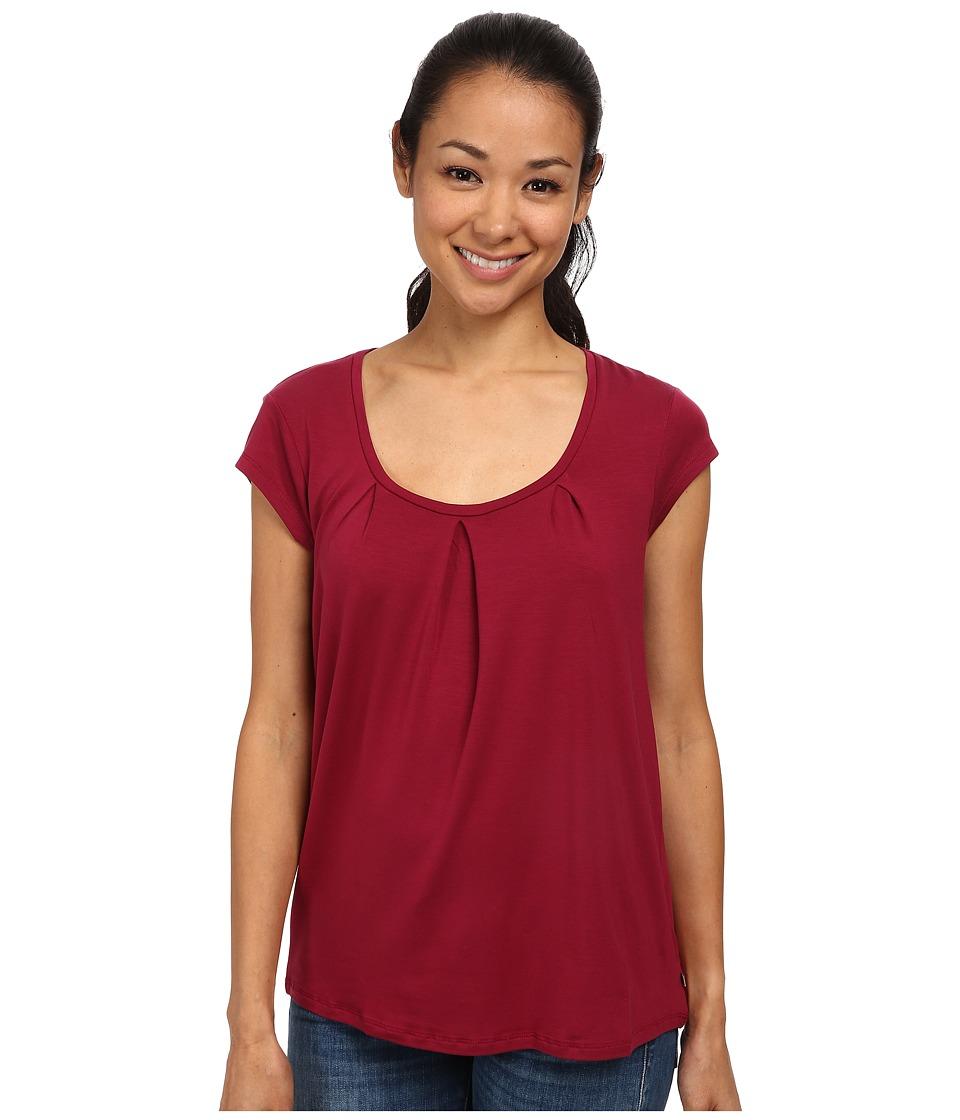 Toad&Co - Wisper S/S Tee (Magenta) Women's Short Sleeve Pullover