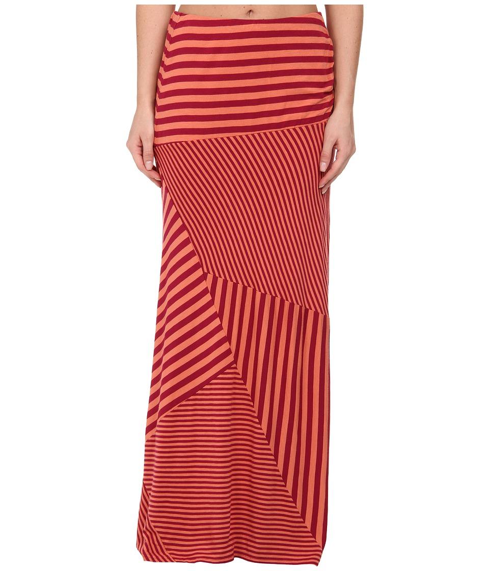 Royal Robbins Terra Skirt (Raspberry) Women