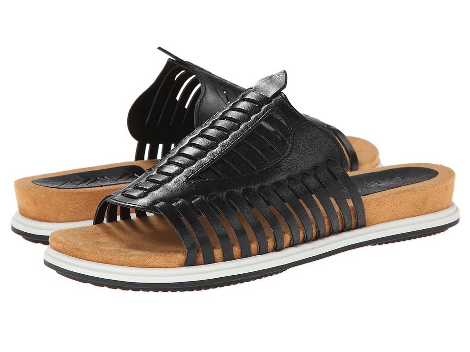 Naya - Kicker (Black Leather/Whtie Mid Sole) Women's Sandals