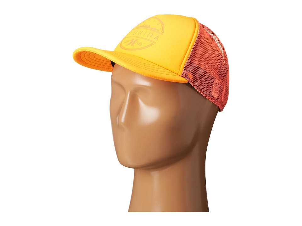 Hurley - Destination Trucker Hat (Peach Cream) Caps