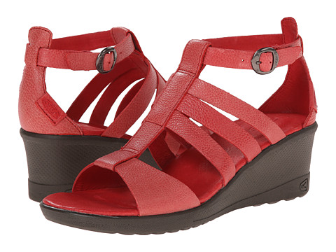 Keen - Victoria Sandal (Ribbon Red) Women's Wedge Shoes