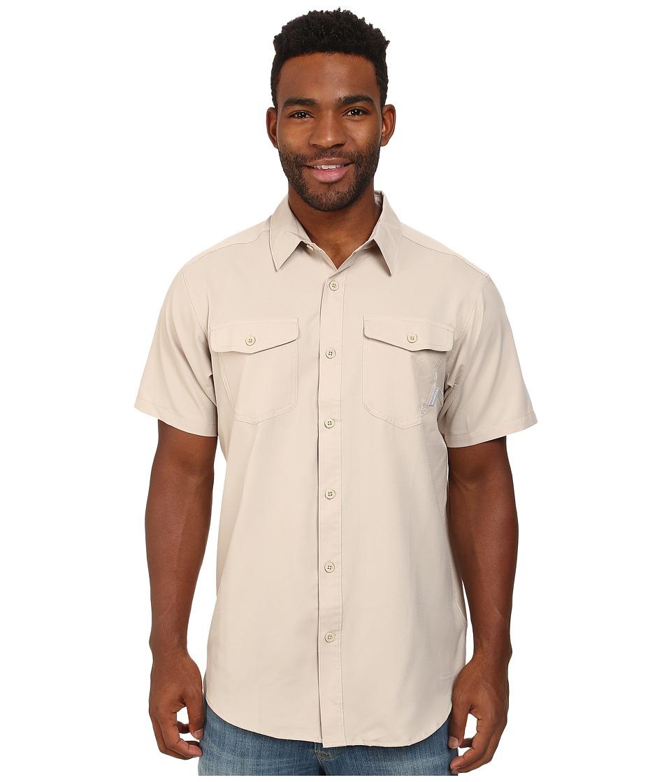 Columbia - Utilizer II Solid Short Sleeve Shirt (Fossil) Men