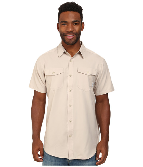 Columbia - Utilizer II Solid Short Sleeve Shirt (Fossil) Men