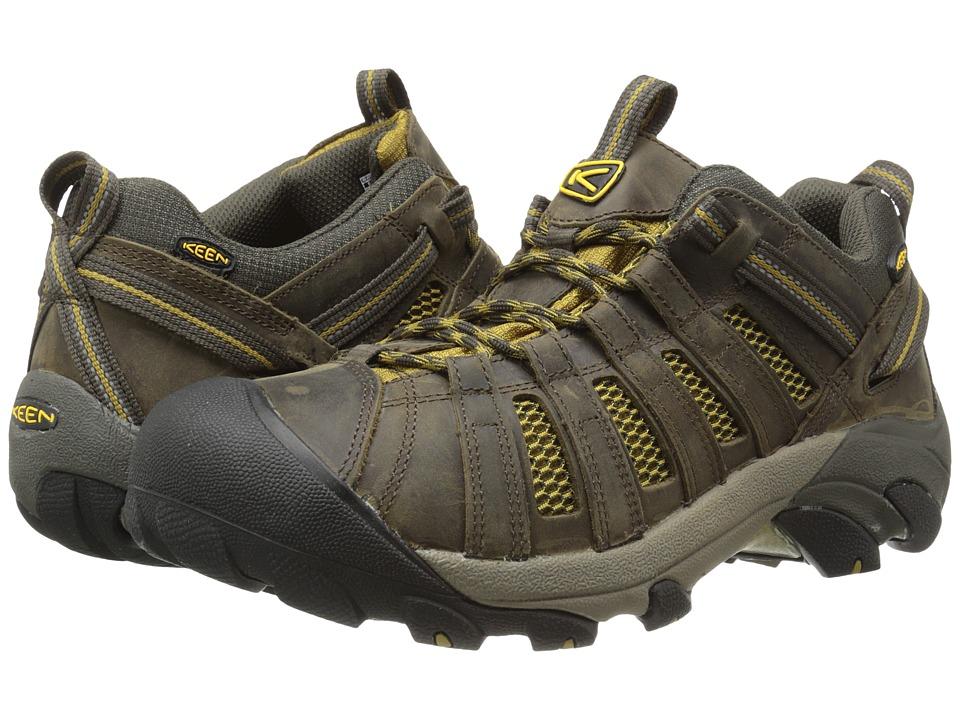 Keen - Voyageur (Black Olive/Amber Green) Men's Shoes