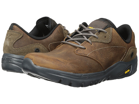 Hi-Tec - V-Lite Walk-Lite Witton (Dark Chocolate/Brown/Core Gold) Men