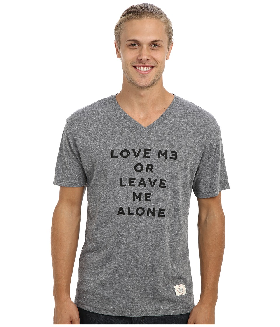 KINETIX - Love Me Or Leave Me V-Neck T-Shirt (Grey) Men's Short Sleeve Pullover