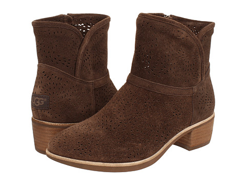 UGG - Darling Seaweed Perf (Chocolate Suede) Women