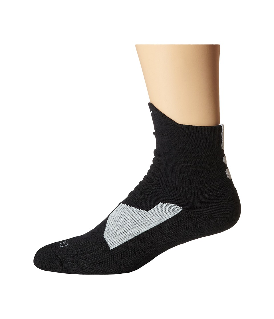 Nike - Hyperelite Basketball High Quarter (Black/Black/White/White) Men's Quarter Length Socks Shoes