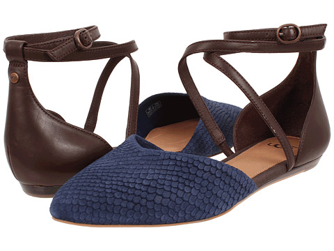 UGG - Izabel Mar (Navy/Chocolate Leather/Suede) Women's Slip on Shoes