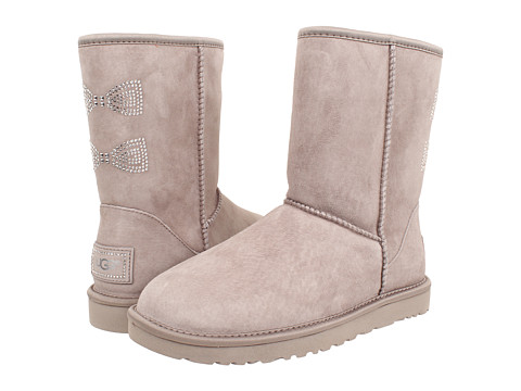 UGG - Classic Short Crystal Bow (Oyster/Suede/Swarovski Crystals) Women's Boots
