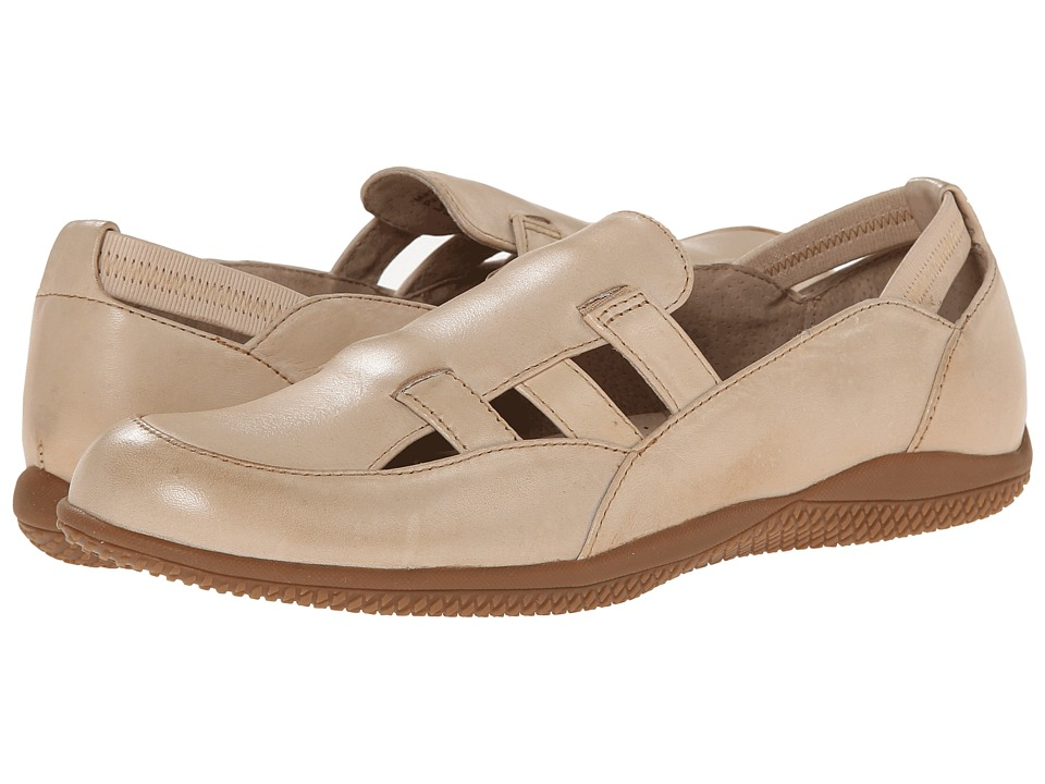 SoftWalk - Hampton (Natural Soft Dull Leather) Women