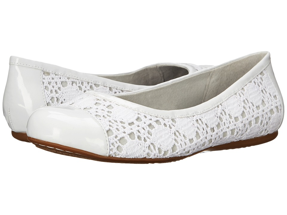 SoftWalk - Napa (White Crochet/Patent) Women