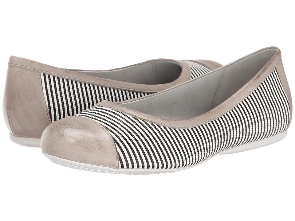 SoftWalk - Napa (Black/White/Light Grey Seersucker Leather) Women's Flat Shoes