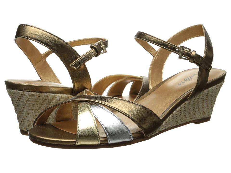 Trotters - Mickey (Metallic Multi Metallic Kid Leather) Women's Wedge Shoes