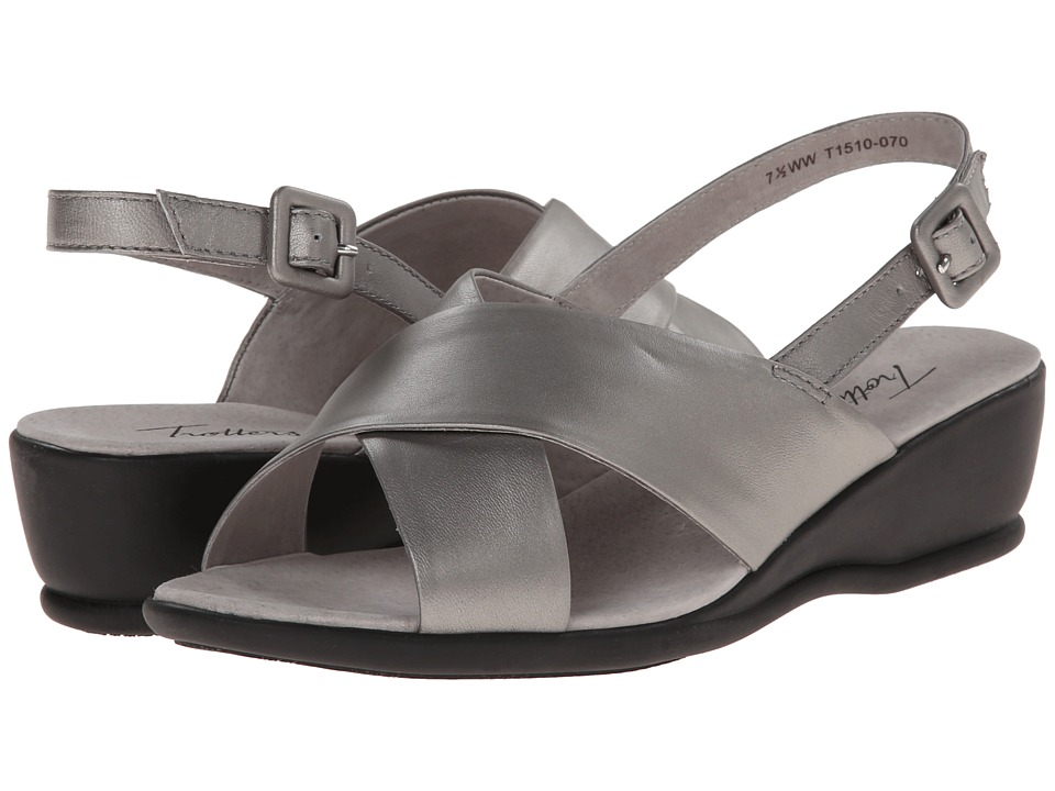 Trotters - Lee (Soft Pewter Metallic Soft Kid Leather) Women