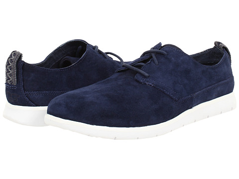 UGG - Bowmore (New Navy Suede) Men's Lace up casual Shoes