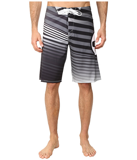 Oakley - The Point 21 Boardshort (Jet Black) Men's Swimwear