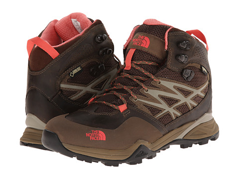 The North Face - Hedgehog Hike Mid GTX (Cub Brown/Fiesta Red) Women's Hiking Boots