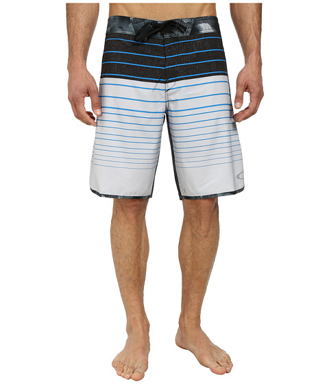 Oakley - Blade Straight-Edge Boardshort (Light Grey) Men