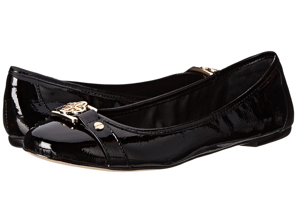 Isola Bricen (Black Patent Crinkle Patent) Women's Flat Shoes