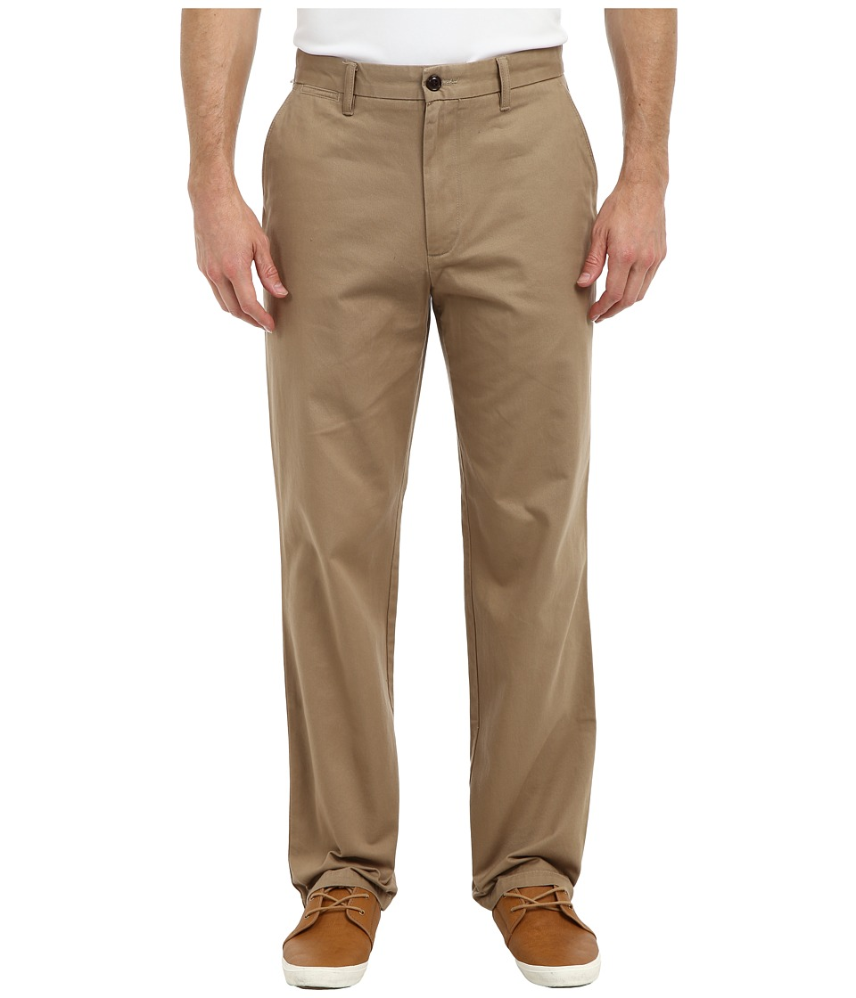 Dockers Men's - Game Day Khaki D3 Classic Fit Flat Front Pant (Georgia Tech - New British Khaki) Men's Casual Pants