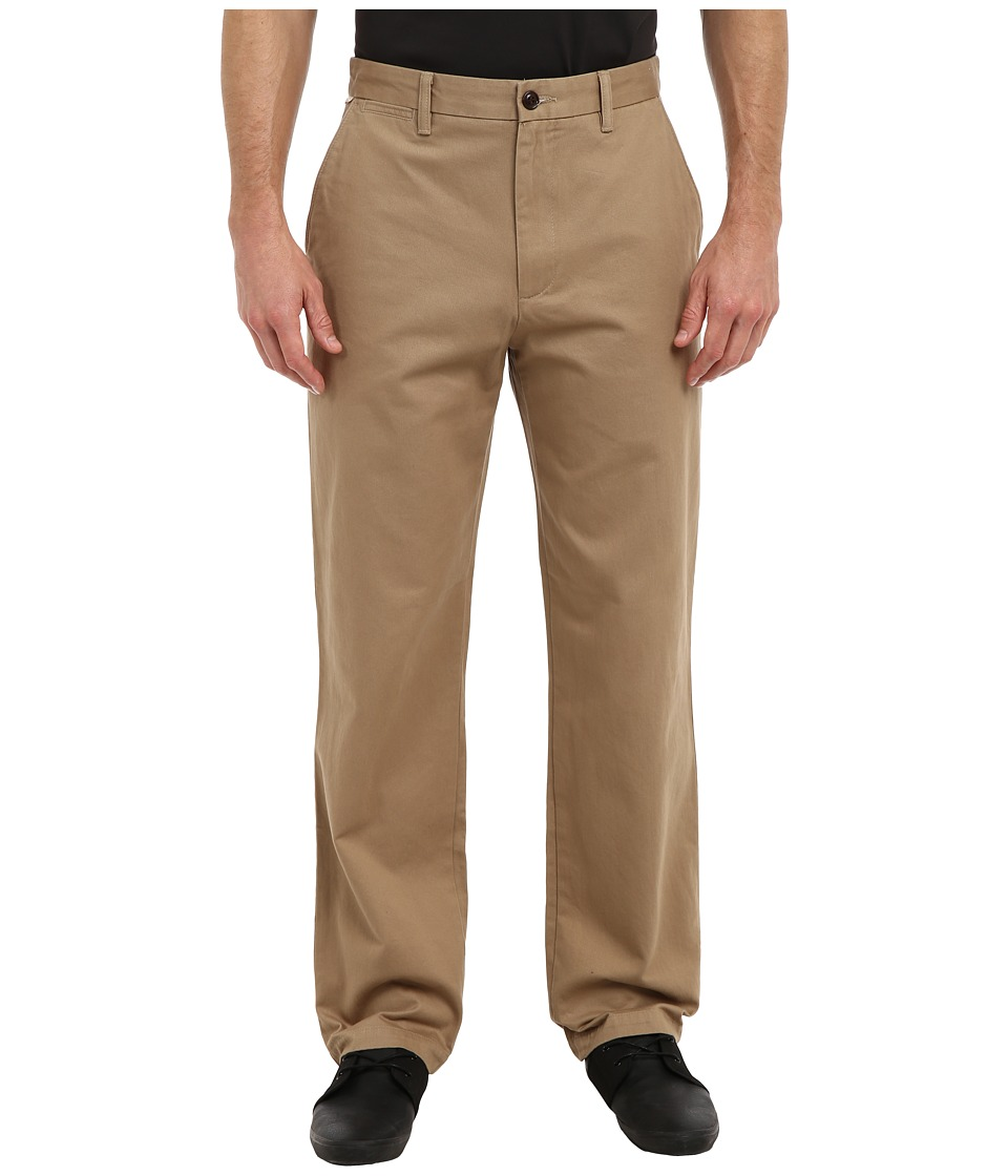 Dockers Men's - Game Day Khaki D3 Classic Fit Flat Front Pant (Oklahoma - New British Khaki) Men's Casual Pants