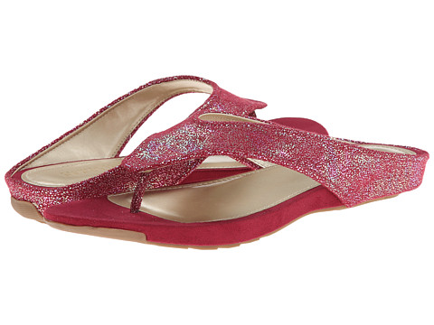 Kenneth Cole Reaction - Water Park (Pomegrante) Women's Sandals