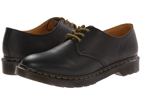 Dr. Martens - Dorian 3-Eye Shoe (Black Aged Greasy) Lace up casual Shoes