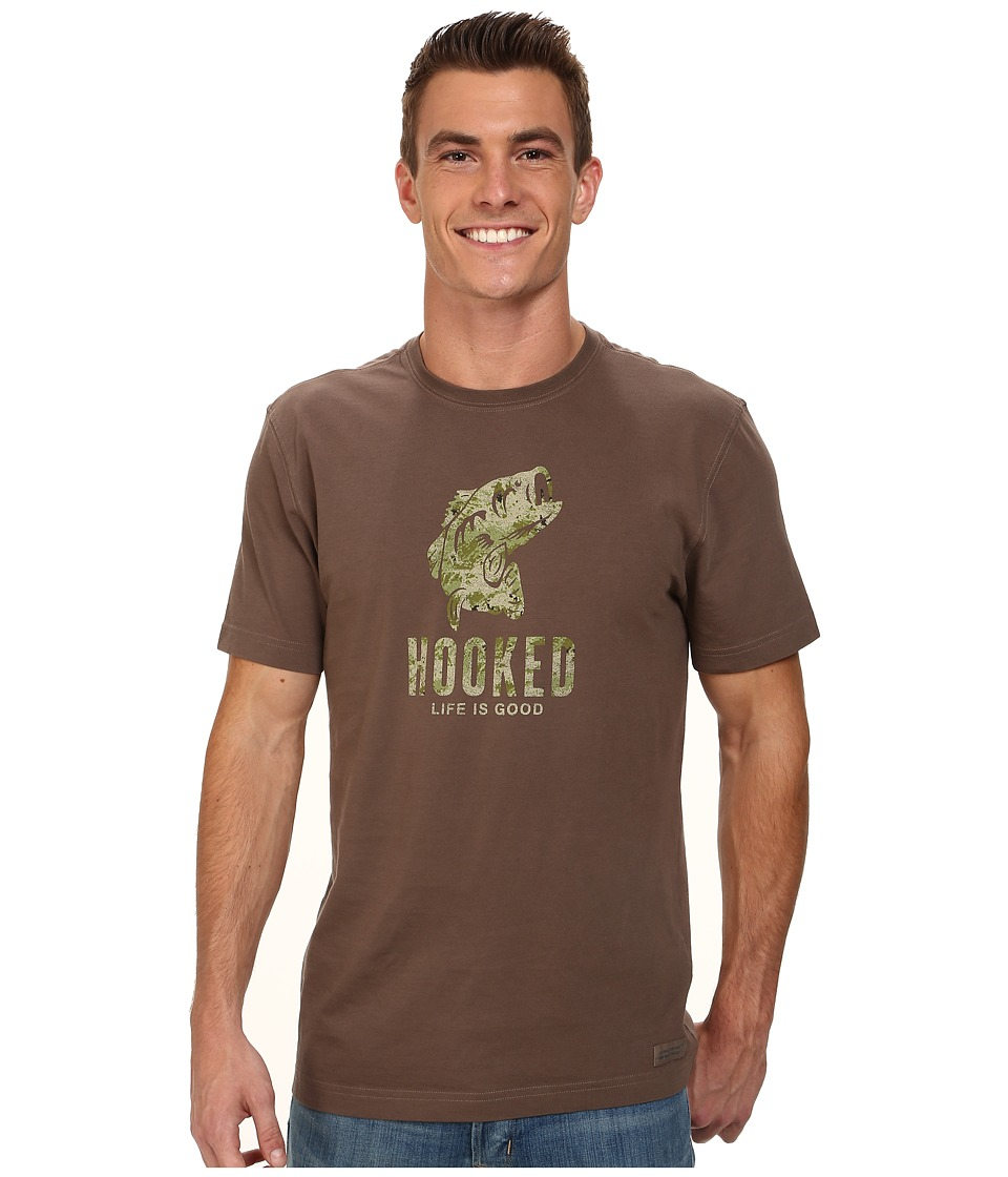 Life is good - Camo Hooked Crusher Tee (Dark Brown) Men's T Shirt