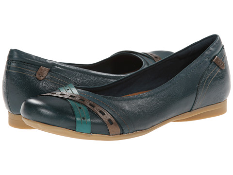 Cobb Hill - Ella (Blue) Women's Slip on Shoes
