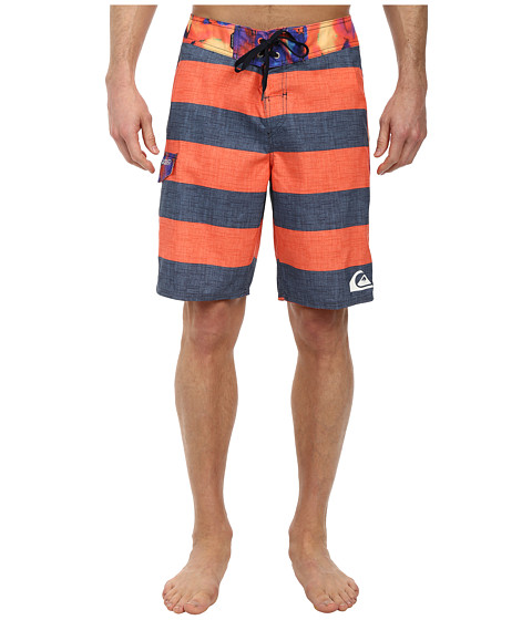 Quiksilver - Everyday Brigg 20 Boardshort (Mandarin Red) Men's Swimwear