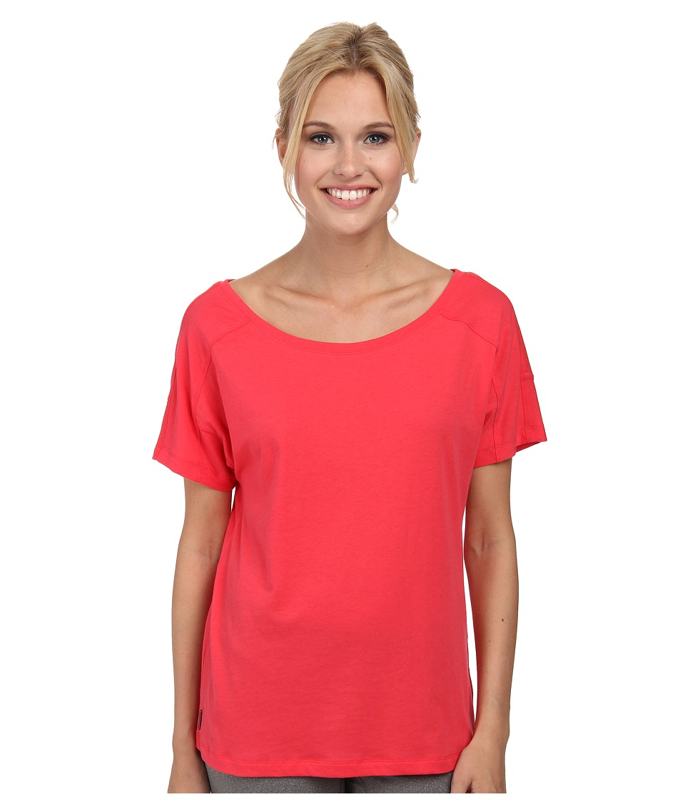 Lole - Concord Top (Campari) Women's Short Sleeve Pullover