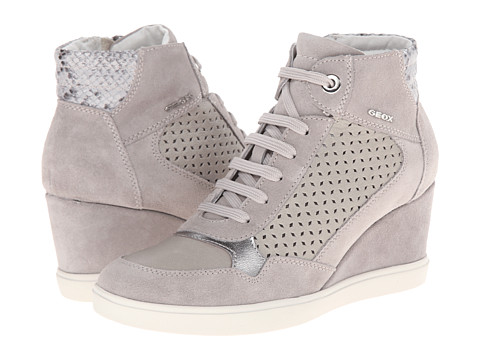 Geox - D Eleni 9 (Light Grey) Women