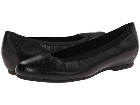 Munro American - Brandi (Black Kid) Women's Slip on Shoes
