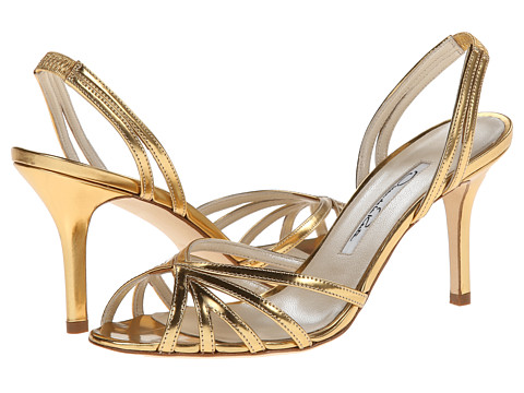 Oscar de la Renta - Ramona (Gold Patent Leather) Women's Shoes