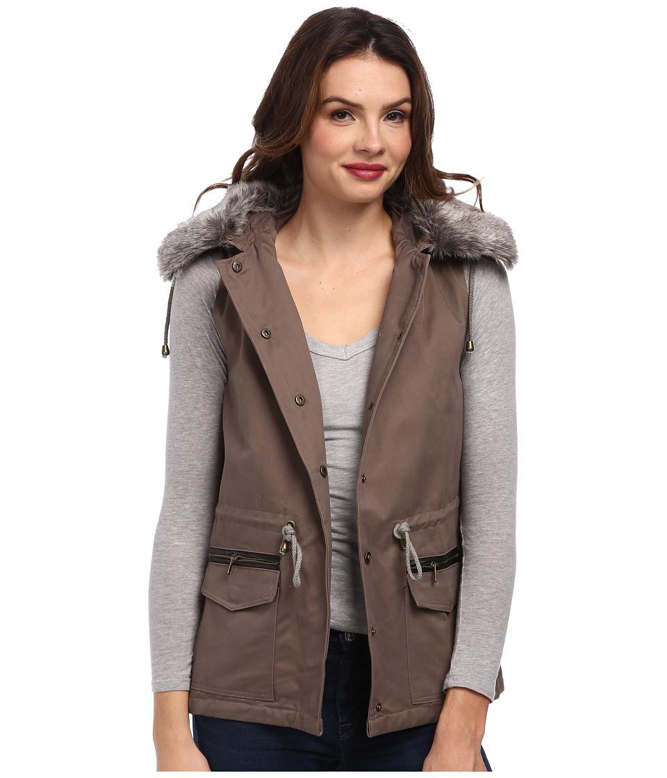 DOUBLE ZERO - Cinched Fur Vest (Mocha) Women's Vest