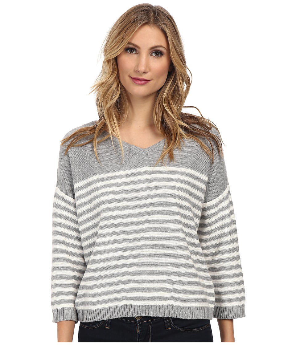 Vince Camuto - 3/4 Sleeve V-Neck Striped Sweater (Nickel Heather) Women